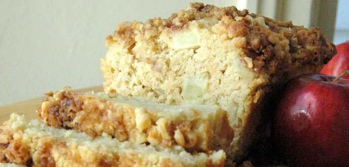 Potica ali kruh z jabolki in orehi