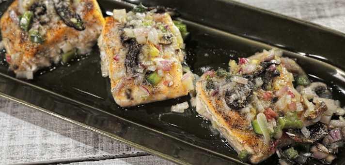 Okusna jed z lososom in zelenjavo
