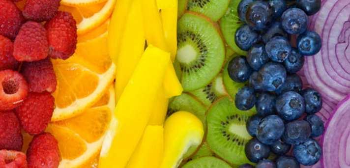 Kaj so vitamini in zakaj jih telo potrebuje?