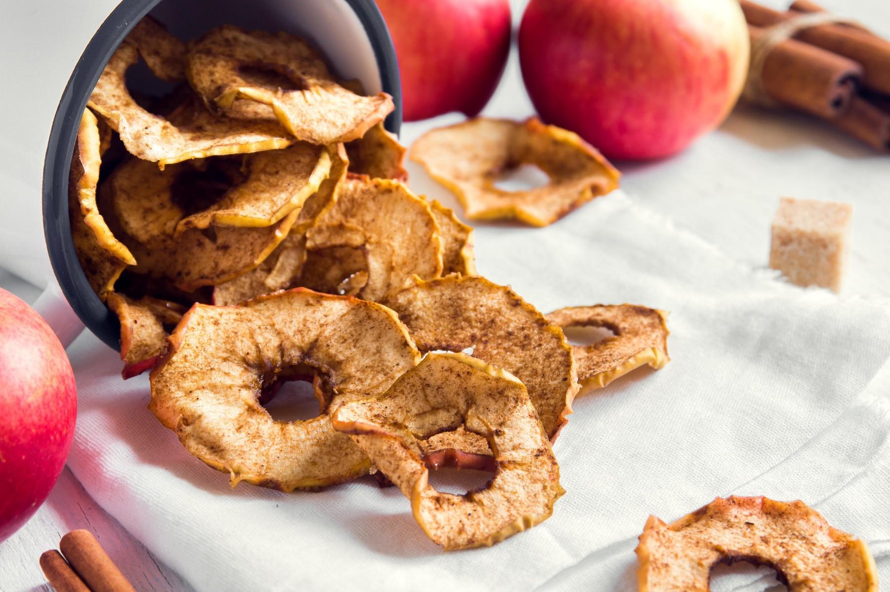 Jabolčni krhlji s cimetom