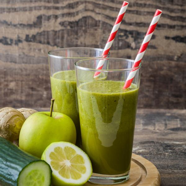 Zeleni razstrupljevalni smoothie